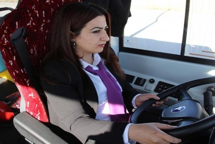 Kayyum kadın şoförleri de istemedi: Başka birimlerde görevlendirildiler