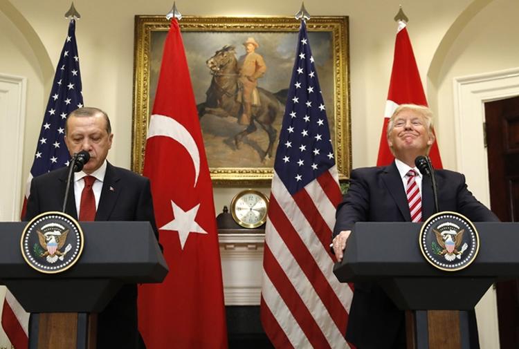 Economist Trkiye ABD Ilikileri Kopmak Zere Gazete Karnca