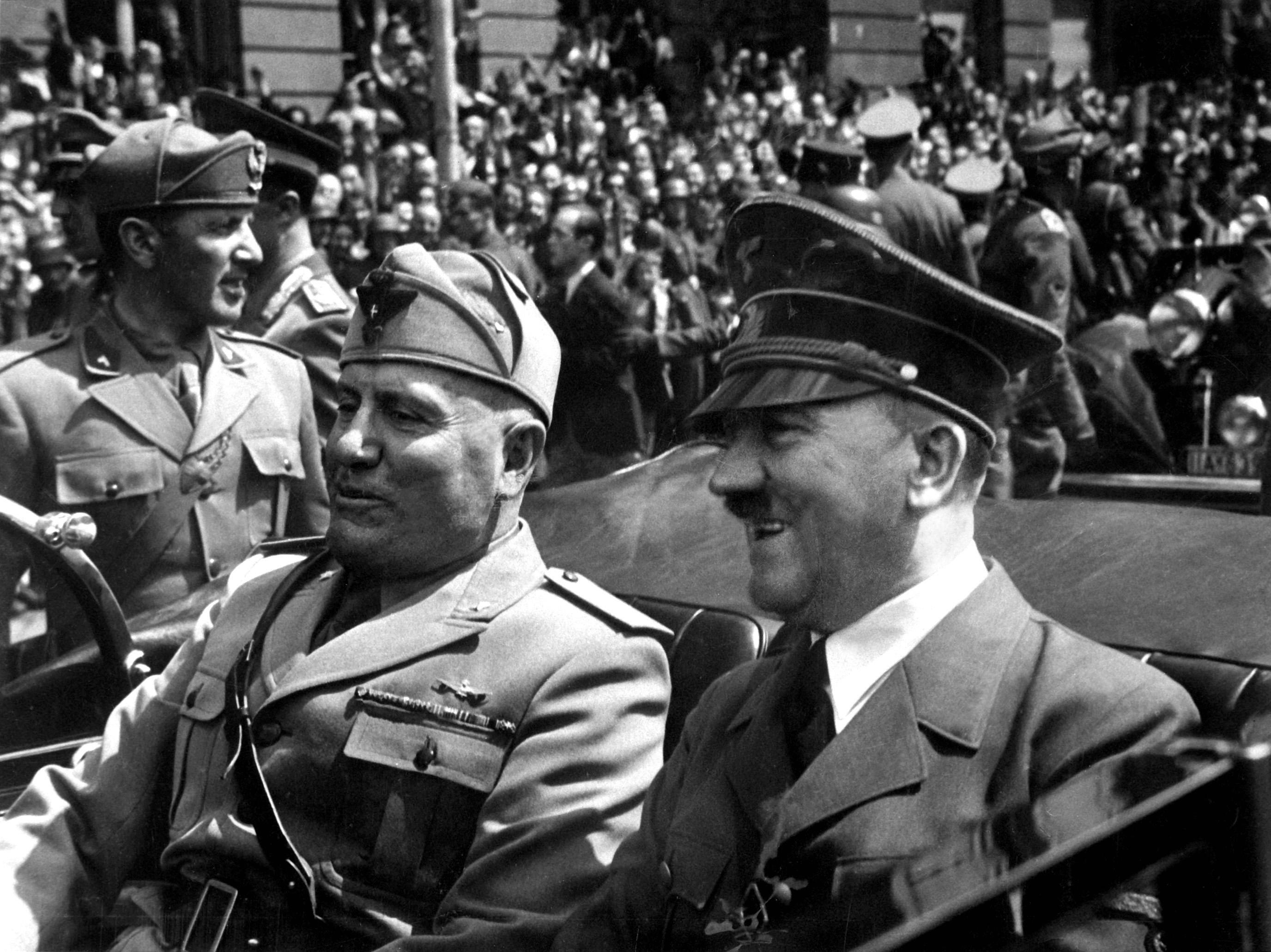 Mussoliniden 70 Yıl Sonra Italyada Faşizm Propagandası Suç