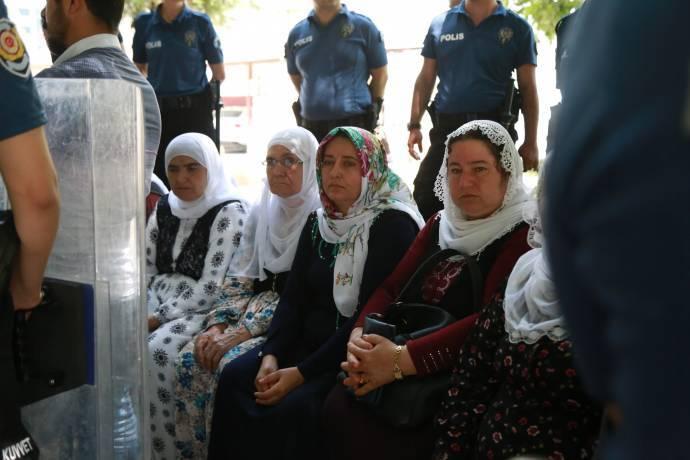 adalet bakani na cagri madem yasak kalkti imrali da aile ve avukat gorusleri yapilsin gazete karinca