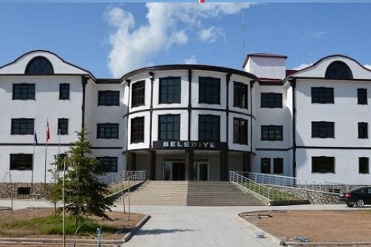 AKP dönemindeki borçlar nedeniyle HDP'li belediyenin banka hesaplarına bloke