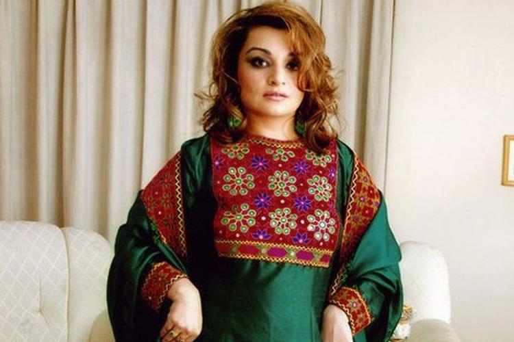 Afganistan'daki kadınlar Taliban'a renkleriyle başkaldırıyor: #KıyafetimeDokunma