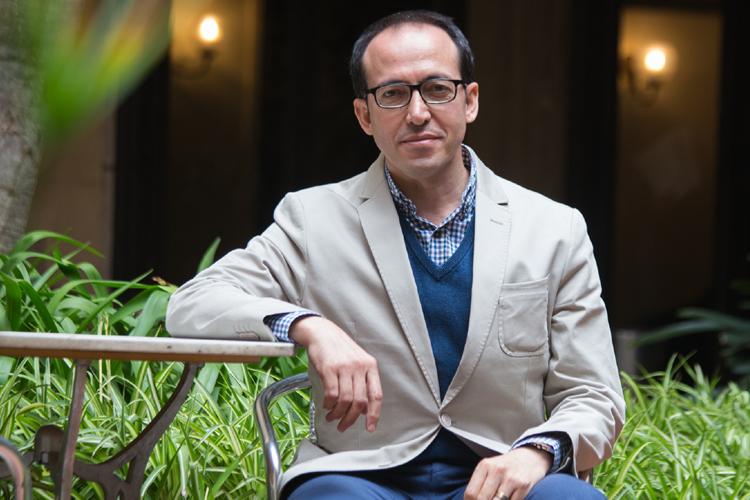 Uluslararası Yazarlar Birliği PEN International'ın yeni başkanı Burhan Sönmez