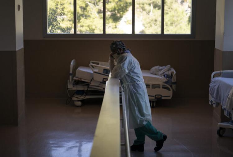 24 saatlik Corona tablosu: 260 kişi daha yaşamını yitirdi