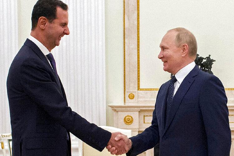 """Esad ile görüşen Putin'den """"yabancı güçlerin"""" Suriye'de bulunmasına tepki"""