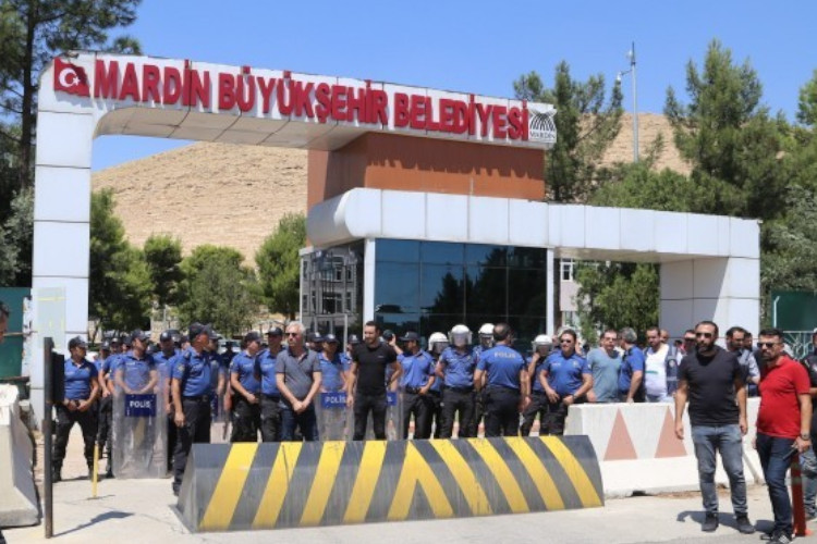 Mardin Belediyesi'nde yolsuzluk: 540 milyonluk vurgun