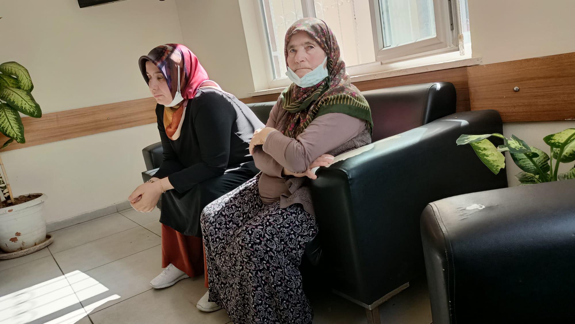 Kanser hastası Özdoğan'ın 72 yaşındaki annesi ve Çetinkaya serbest bırakıldı